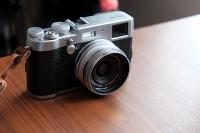 FUJIFILM プレミアムコンパクトデジタルカメラ X100T シルバー FX-X100T S